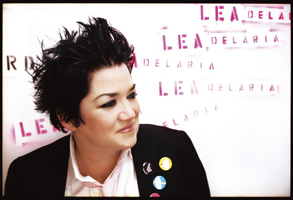 photo of Lea DeLaria and link to her website